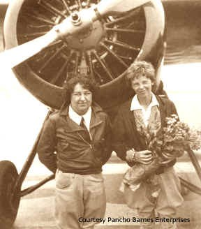 Pancho Barnes and Amelis Earhart at Clover Field 1929